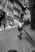 1962 - Vzhůru Nerudovou ulicí